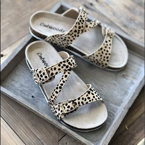 Know The Way To You Cheetah Print Sandals
